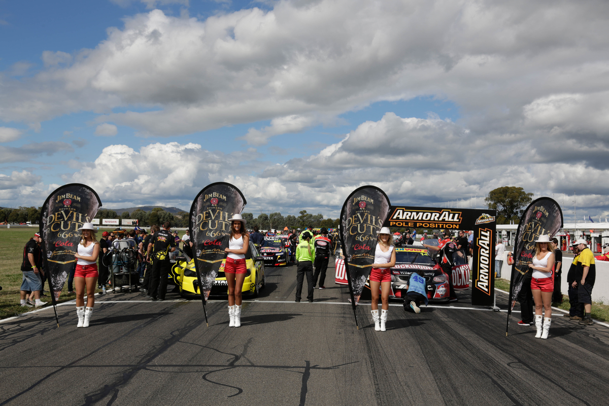 Inside Supercars – Show 4 – What's the difference between 25 and 28